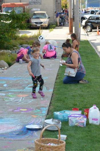 Chalk the Bay 2017 - pic 6